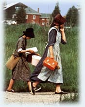 Mennonite-girls.jpg